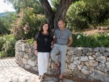 Karin en Hennie wonen op Corfu: 'Een maandinkomen is hier ongeveer 600 euro'