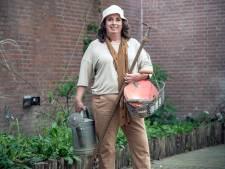 Teddy Vrijmoet heeft het tuinieren omarmd: 'De tomaten groeien ons huis uit'