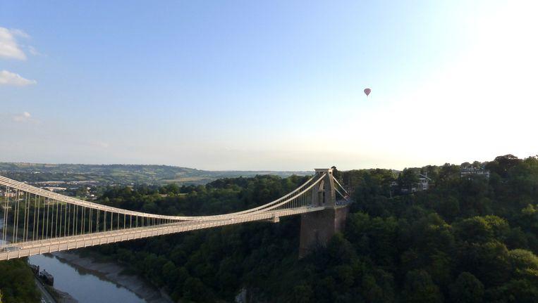 De Clifton Suspension bridge die het kloofdal van de Avon overspant in Bristol Bristol Beeld Zoë de Goede