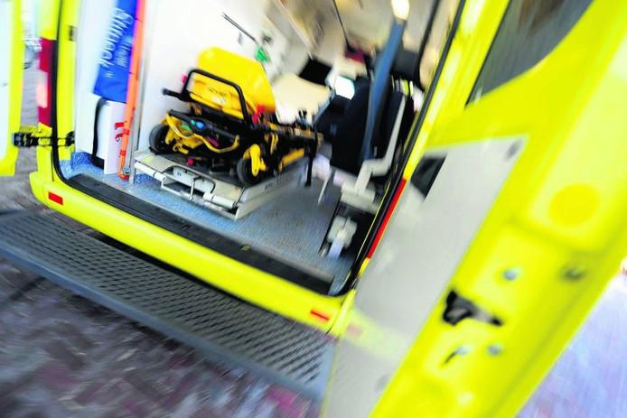 In noodgevallen arriveren ambulances in Hellendoorn en Rijssen-Holten nog regelmatig te laat.