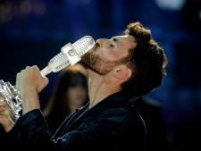 Duncan Laurence deelt Nederlandse punten uit tijdens songfestival