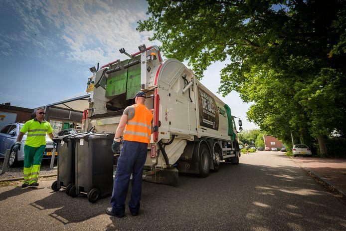 Saver haalt restafval op in de gemeente Roosendaal.