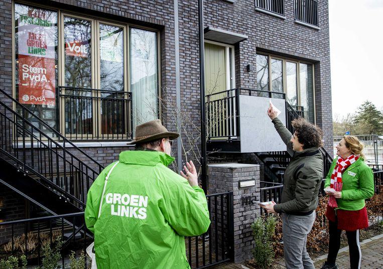 GroenLinkslijsttrekker Jesse Klaver op campagne in de binnenstad van Den Bosch.  Beeld ANP/Sem van der Wal