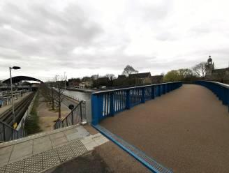 """Na 80 jaar opnieuw voetgangersbrug over Kanaal Brussel-Charleroi: """"Op tien minuutjes wandel je van station naar Grote Markt"""""""