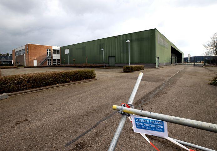 Deze bedrijfshal aan de Haverdijk 11 in Helmond wordt binnenkort ingericht als een van de twee XL priklocaties van de GGD in Zuidoost-Brabant.