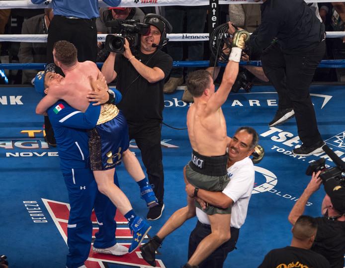 Beide boksers vieren de remise als een overwinning.