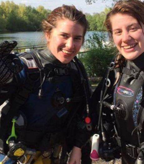 Vrouw die door tweelingzus werd gered van krokodilaanval uit coma