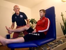 Kees is 73 jaar en nog steeds verzorger: 'In coronatijd zijn er heel andere blessures dan sportblessures'
