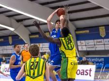 Basketballers Yoast United aan kop in Elite B, toch baalt Jurrian Douwes van zichzelf