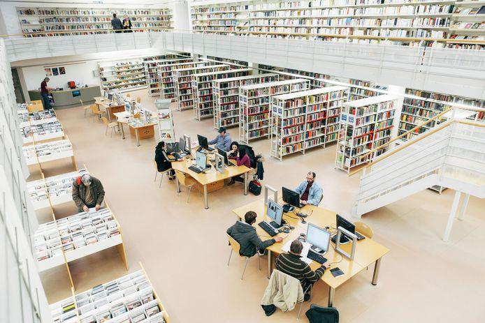 De bibliotheek van Mechelen in de Moensstraat.