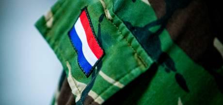 Militairen verbijsterd over 30 procent extra salaris voor topadviseurs