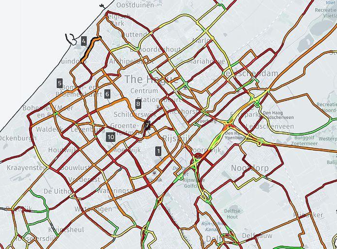 Rood is veel ongelukken en veel hardrijden, oranje veel ongelukken maar weinig gesjees. De groene wegen zijn het veiligst. De complete kaart is te vinden op AD.nl.