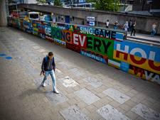 Leg de Walk of Fame op de Coolsingel, dé flaneerplek van Rotterdam
