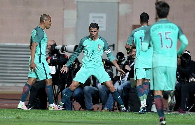 Cristiano Ronaldo viert zijn treffer tegen België Beeld Getty Images