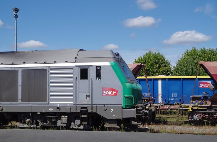 Toen zijn dienst erop zat, liet de machinist de trein plompverloren achter.