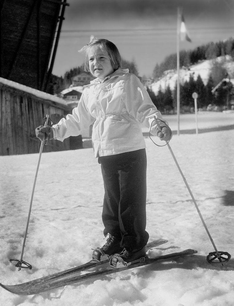 Prinses Margriet op wintersportvakantie in het Oostenrijkse St. Anton (1949) Beeld ANP