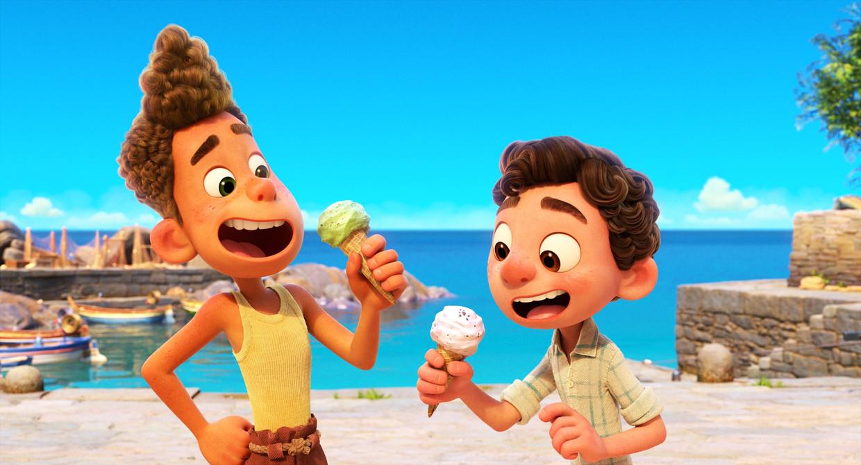 Luca en Alberto moeten goed oppassen, want zodra ze in aanraking komen met water, veranderen ze weer in zeewezens. Beeld