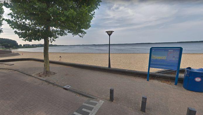 Strand in Blaricum, foto ter illustratie.