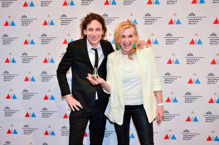 Jaap Biemans en Corinne van Duin bij de uitreiking van 'de  Lampen' van de Art Directors Club Nederland. Beeld null