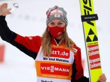 'Yeah, sneeuw', schreeuwt Sara Marita en Sepp is trots op debuut bij Jong Oranje