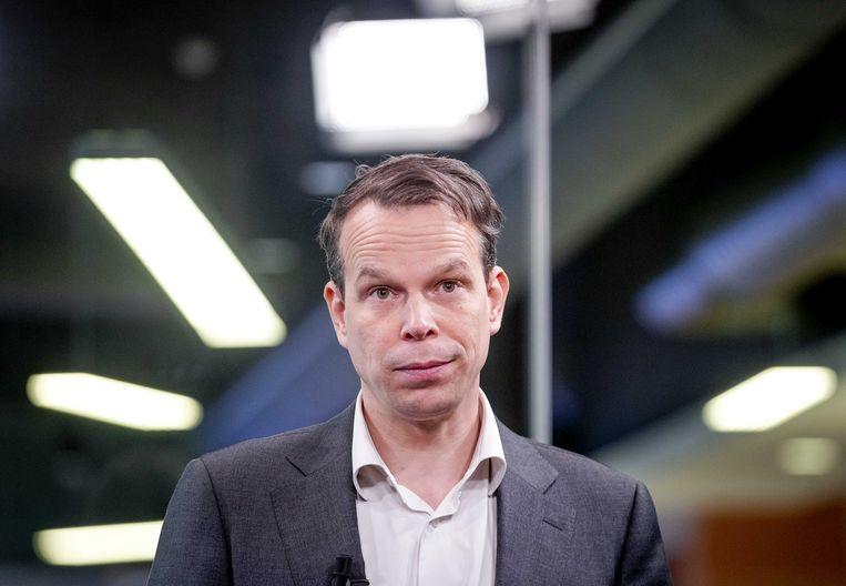 Peter Hein van Mulligen van het CBS waagde het een paar keer te zeggen dat Nederland er helemaal niet zo slecht voor staat. Hij kreeg geweldig op zijn falie. Beeld ANP