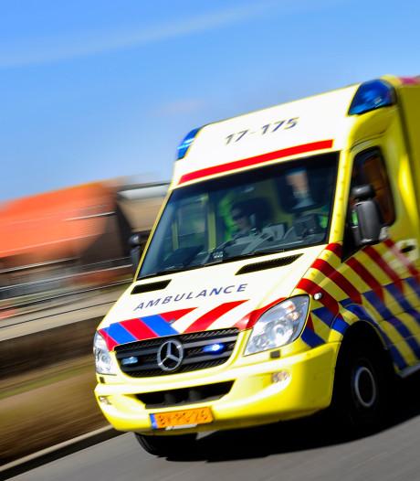 Bestuurder ernstig gewond bij ongeluk langs A1 bij Baarn