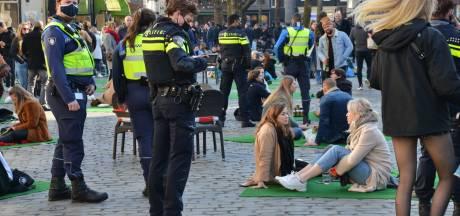 Hoe het na een ludieke picknick in Breda te druk werd in de stad en eindigde in een feestje in Park Valkenberg
