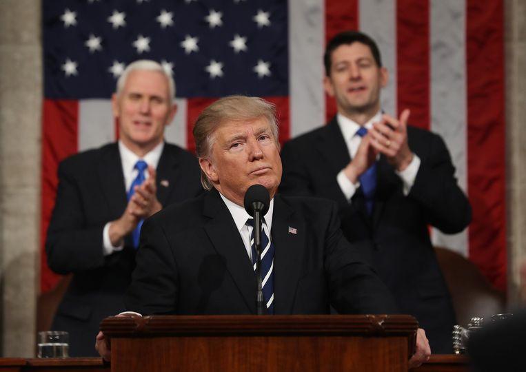 Amerikaans president Donald Trump tijdens zijn eerste toespraak voor het Congres. Beeld Photo News