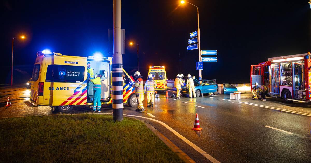 Vier levens op de kop na heftig ongeluk bij Kampen: 'Door één klap is niets meer hetzelfde'.