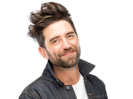 Zeeuwse zanger Danny Diëgo baalt: A-artiest John de Bever brengt dezelfde single uit als hij