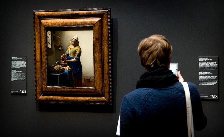 Het Melkmeisje in het Rijksmuseum Beeld anp