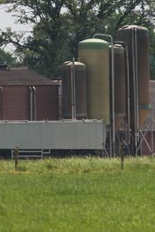 Ruim 900 dode varkens gevonden bij schuur in Winterswijk, doodsoorzaak is nog onduidelijk