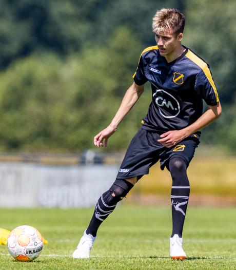 Luka Ilic sluit met twee dagen vertraging aan bij NAC-selectie in Manchester