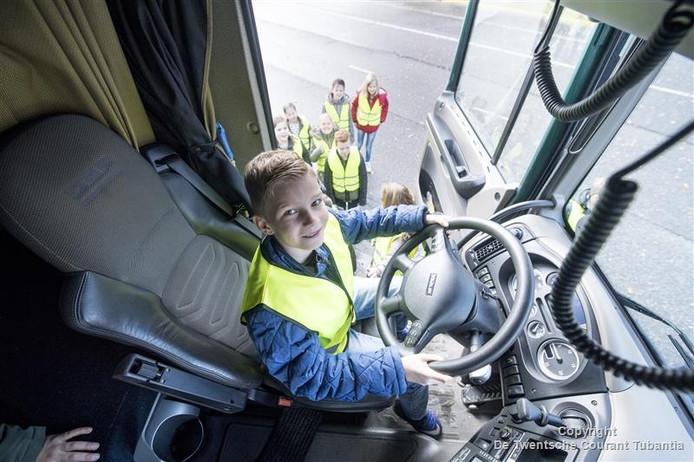 Leerlingen van De Toermalijn bezoeken Bolk in de Week van de Techniek.