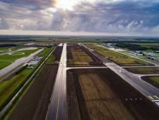 Commerciële luchtvaart: Kamer misleid met onderzoek Lelystad-routes