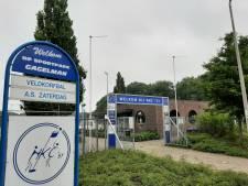 NKC'51 krijgt na vijf jaar alsnog geld van gemeente Hellendoorn voor was- en kleedruimtes: 'Meevaller is impuls voor nieuwe plannen'