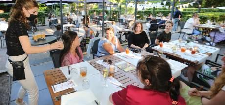 Amphia en Bravis-medewerkers genieten zorgeloos van diner bij De Haard