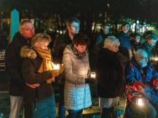 Regen kan de Wereldlichtjesdag in Steenwijk niet stoppen