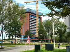 Harde wind zorgt voor vertraging bij bouw, Van der Valk later open in Schiedam