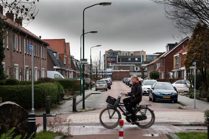 De Pelikaanstraat in Veenendaal, waar vorige week de hennepkwekerij van een bewoner werd ontmanteld.