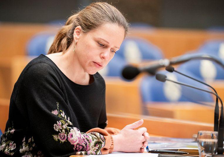 Minister Carola Schouten (Landbouw, Natuur en Voedselkwaliteit) tijdens een debat in de Tweede Kamer over de stikstofwet.  Beeld Freek van den Bergh / de Volkskrant