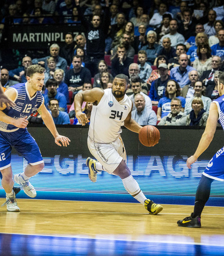 Basketballers Donar winnen overtuigend in bekerfinale