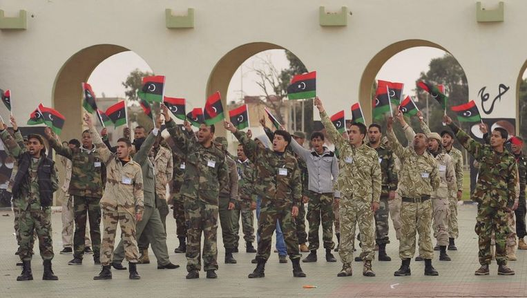 Militaire parade in Benghazi. Beeld reuters