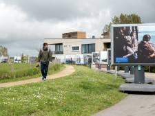 Buitenexpositie Watersnoodmuseum Ouwerkerk: Billboards in het buitengebied hebben extra impact