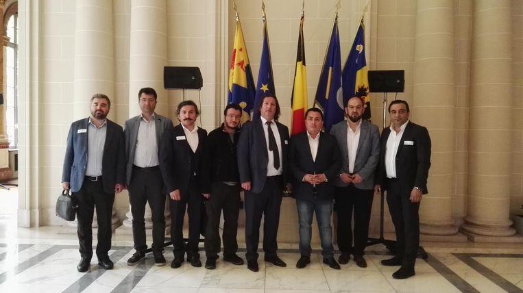 Emin Özkara met delegatie van Misiad en Tübitak in Brussels parlement Beeld RV
