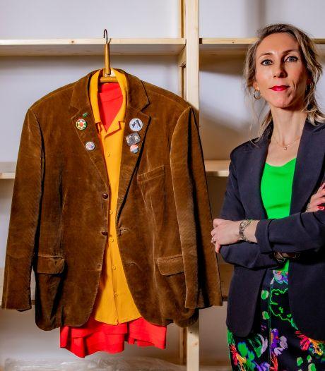 Stadsmuseum Harderwijk toont jas legendarische Klokhuis-professor Fetze Alsvanouds