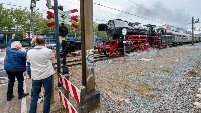 Stoomtrein laat oude tijden herleven op spoor in regio Oss