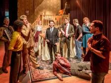 Afstuderen in een Knegselse theaterzaal