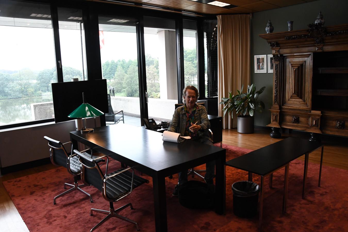 Open Monumentendag is blijkbaar op de zetel van de Commissaris van de Koning ook een ideale gelegenheid om de fantasie te prikkelen...