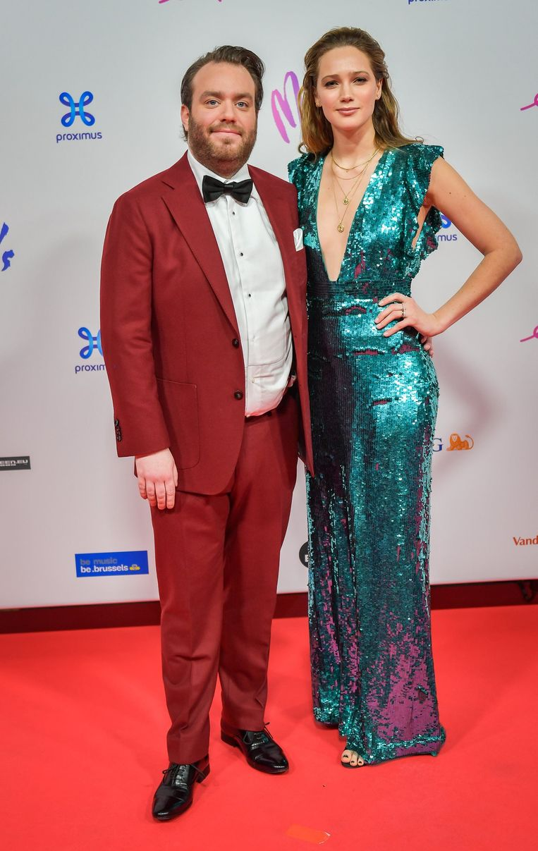 Jens Dendoncker en vriendin Lauren Versnick op de MIA's, in 2019. Beeld Photo News